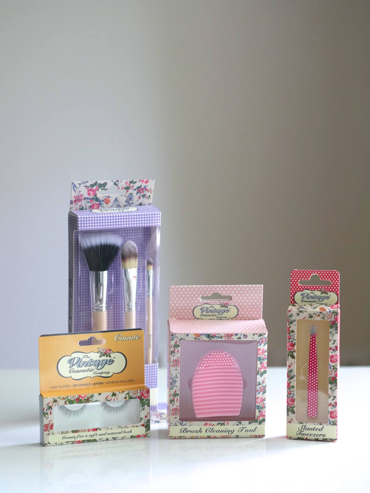 10 things 2 - The Vintage Cosmetic Company 2