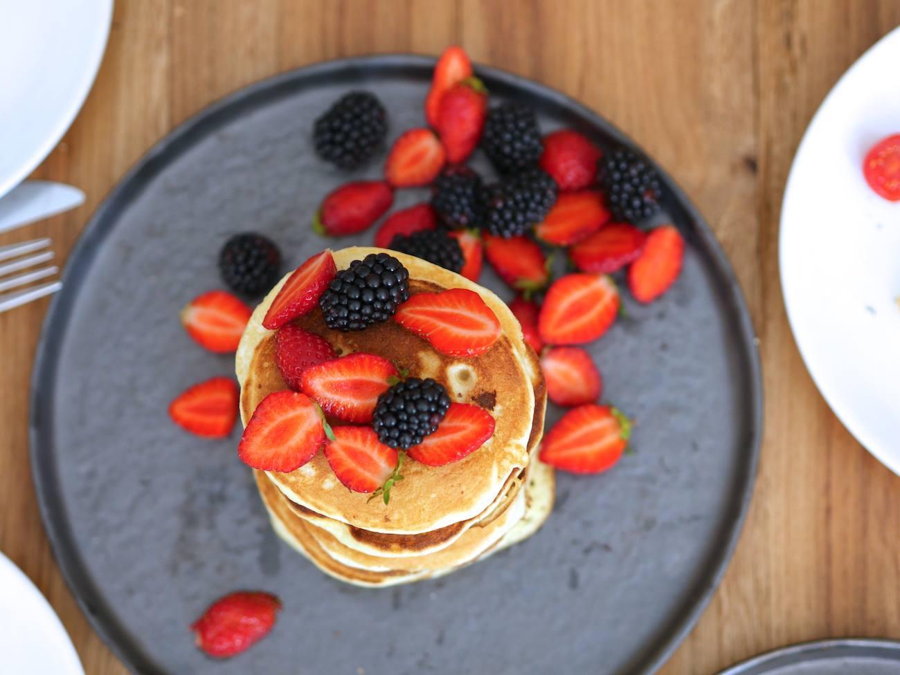 brunch-maison-recette-pancakes-toast-oeuf-benedicte-infuz-10