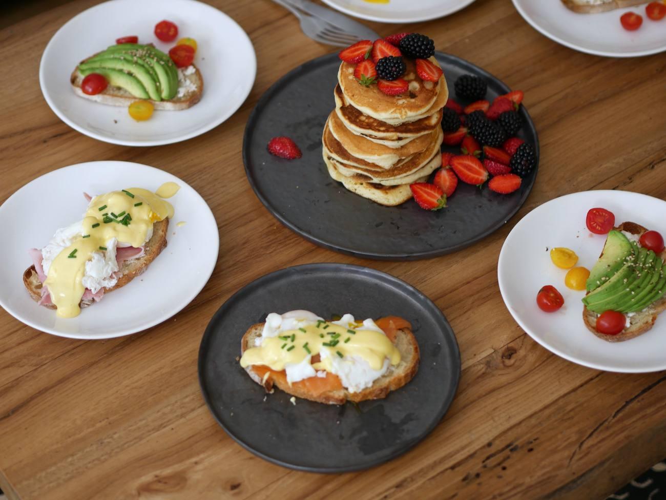 brunch-maison-recette-pancakes-toast-oeuf-benedicte-infuz-8