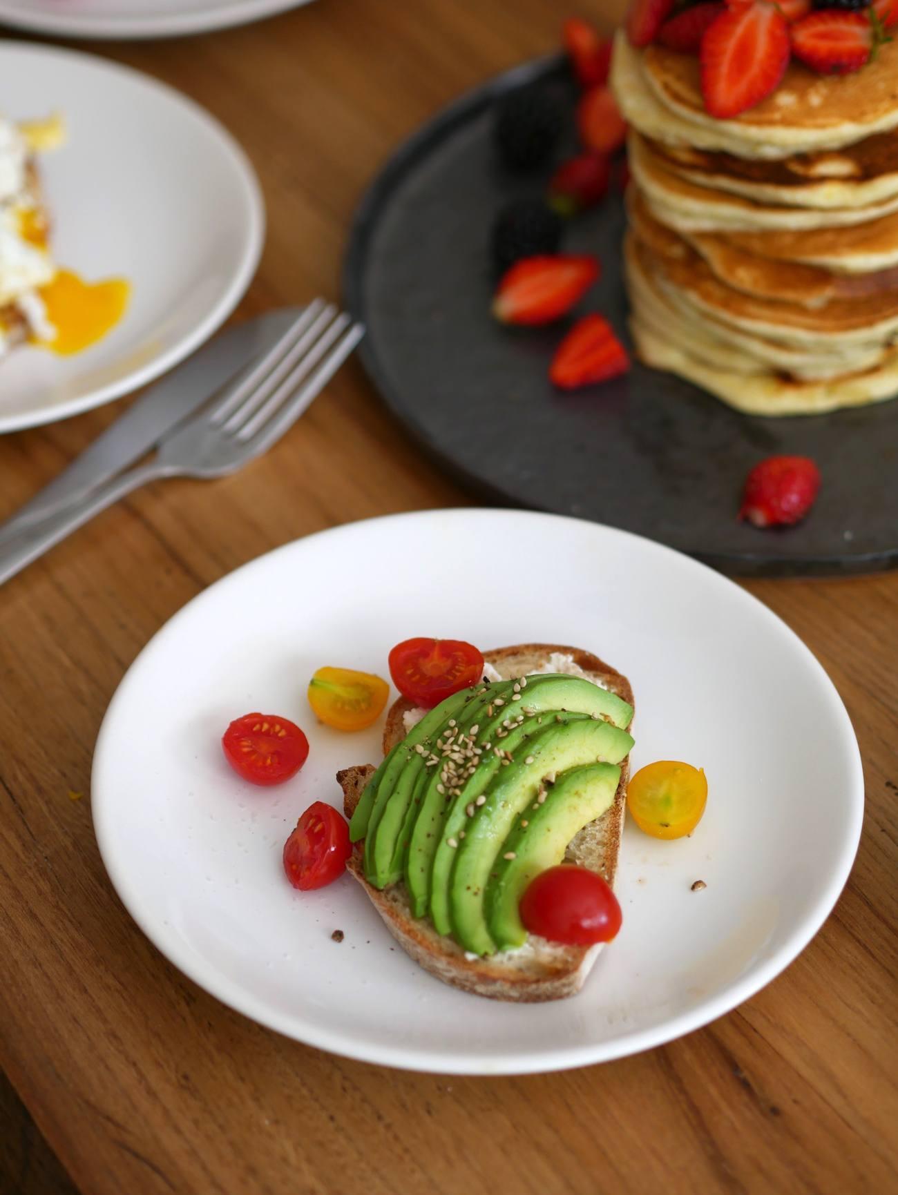 brunch-maison-recette-pancakes-toast-oeuf-benedicte-infuz-9